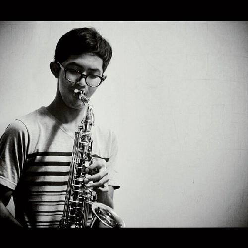 Ilham Pamuji Guru Saxophone Kelas Musik