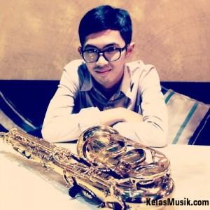 Saxophone Kelas Musik