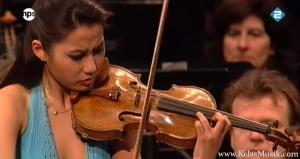 sarah chang bermain biola - keuntungan bermain musik